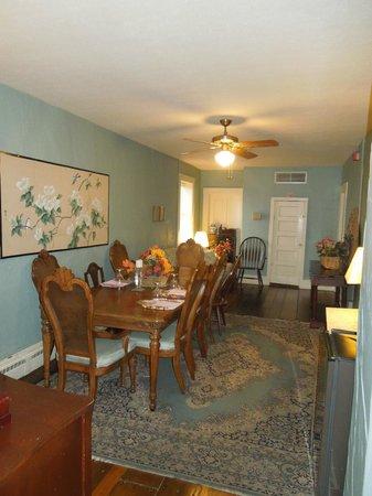 Jailer's Inn Bed and Breakfast : Dining Area Jailer's Inn