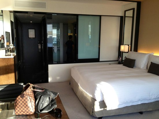 Crown Metropol Perth: Room