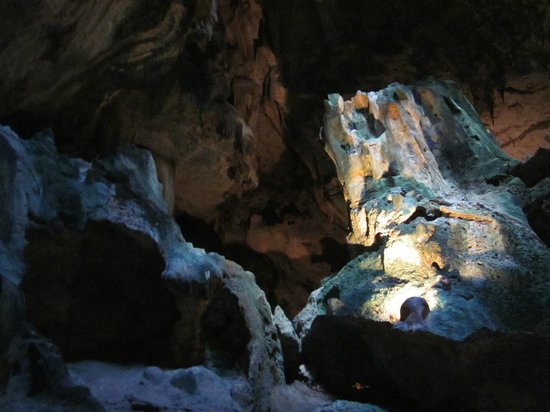 Hato Caves: amazing rock formations