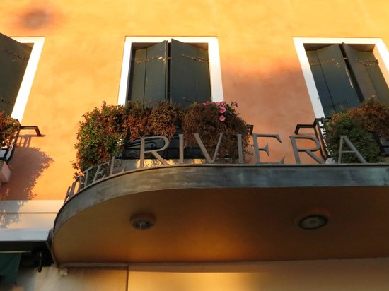 Riviera Hotel: Outside View Of Hotel