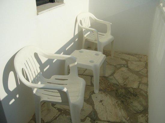 Hotel Alkyonides: балкончик