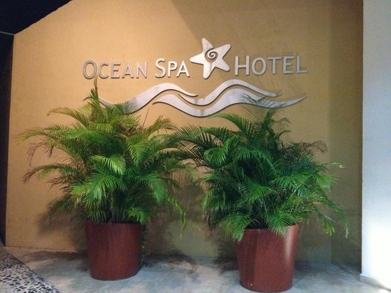 Ocean Spa Hotel: as you enter the lobby