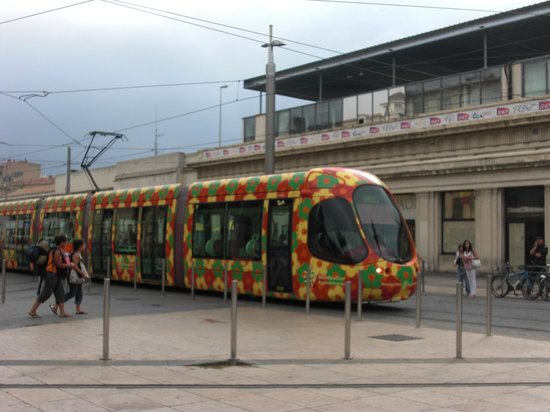 Kyriad Montpellier Centre - Antigone: Удивательные трамваи Монпелье