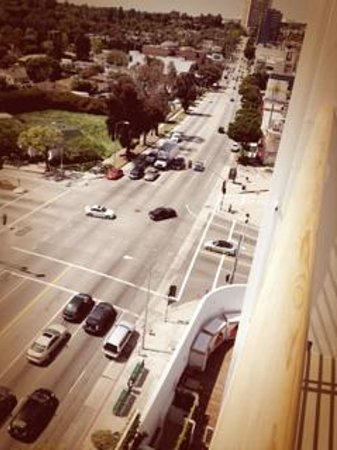 Mr. C Beverly Hills: the ground look from balcony