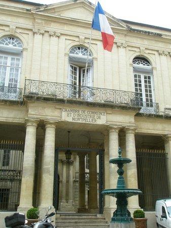 Kyriad Montpellier Centre - Antigone: Административное здание