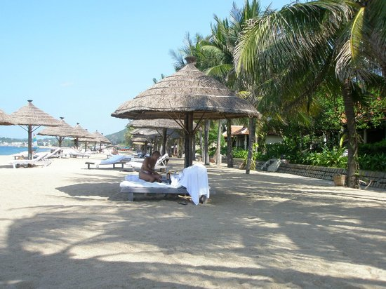 Evason Ana Mandara Nha Trang: Пляж отеля
