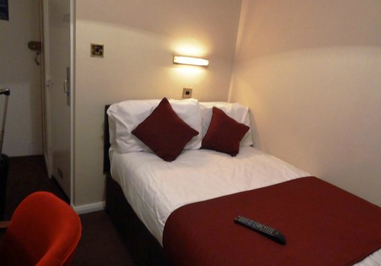 Mabledon Court Hotel : Room - Bed