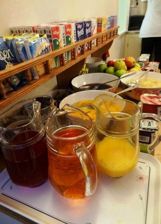 Mabledon Court Hotel: Breakfast buffet