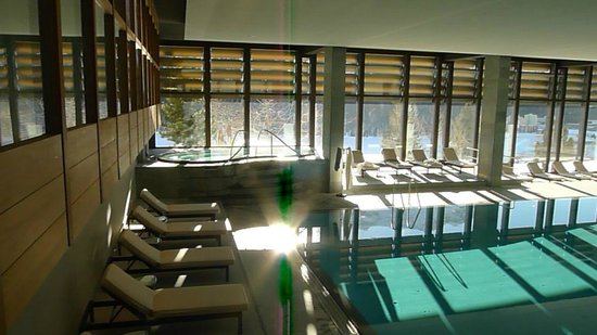 Kulm Hotel St. Moritz: Gorgeous pool 