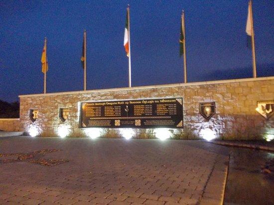 Slieve Gullion Lodge at Ti Chulainn: Ti Chulainn - Monument for the South Armagh Brigade
