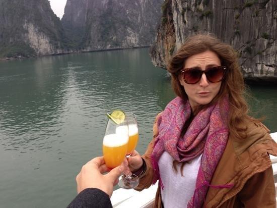 Movenpick Hotel Hanoi: arrival drink