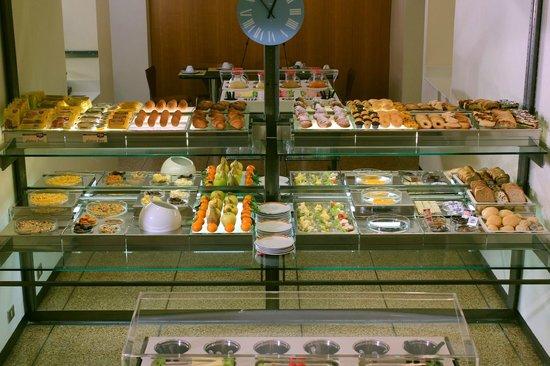 Hotel Verona: buffet