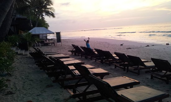 Baan Chaweng Beach Resort & Spa: Beach at dawn