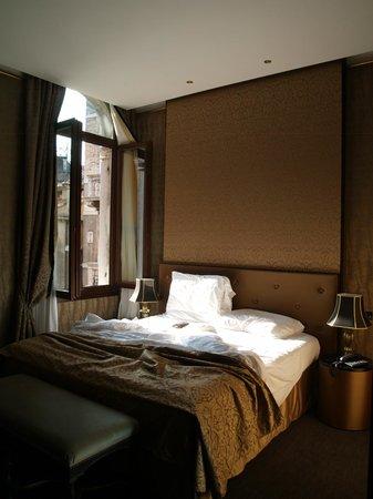 Aqua Palace Hotel: suite de la esquina por la mañana