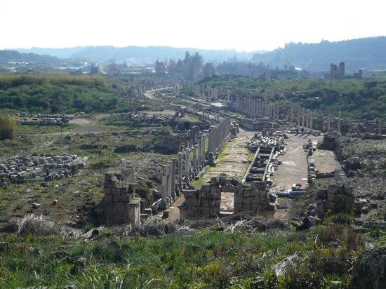 Perge Ancient City: view from the end of the main street