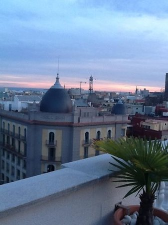 H10 Montcada Boutique Hotel: From rooftop bar and hottub!