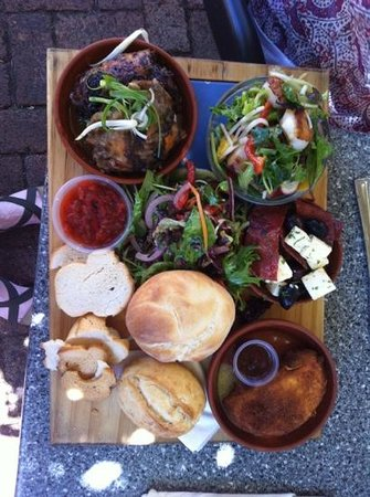 Houghton Cafe : The Mann's Platter