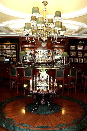 The Imperial Hotel : Whiskey Bar