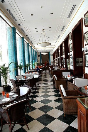 The Imperial Hotel: Breakfast room