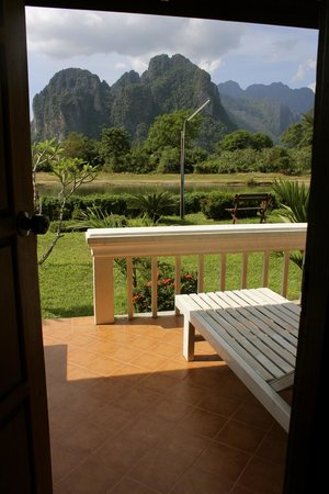 Thavonsouk Resort: view through the doorway of the room