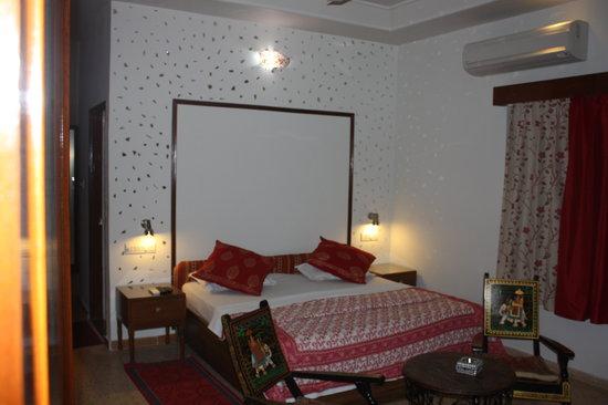 All Seasons Homestay Jaipur: Super Deluxe room-2