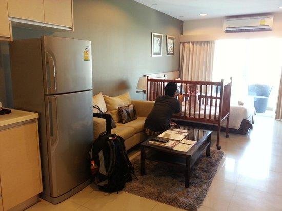 Viva Garden Serviced Residence: standing at the room entrance