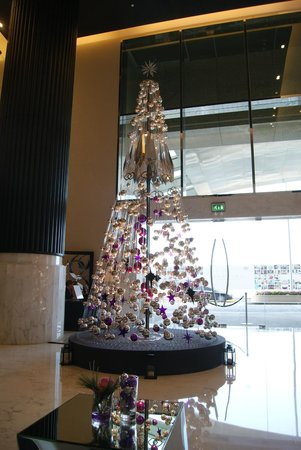 Sofitel Abu Dhabi Corniche: Recepcion
