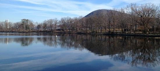 Bear Mountain State Park: Hessian Lake