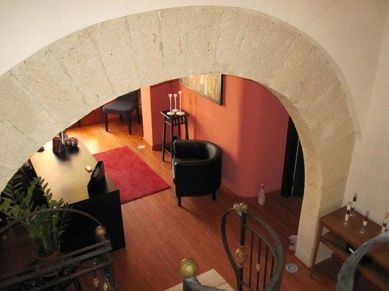 Interni picture of cortile di venere b b trapani for Corso arredatore d interni catania