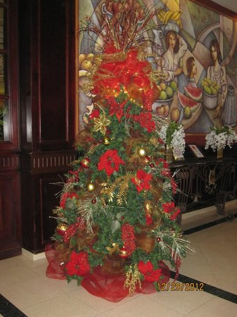Grand Bahia Principe Bavaro: Beautiful Christmas Tree