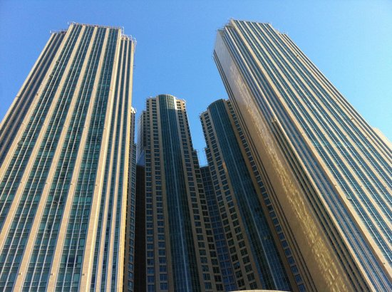 Sofitel Abu Dhabi Corniche: Hotel
