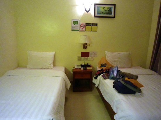 MotherHome Guesthouse: Our twin room