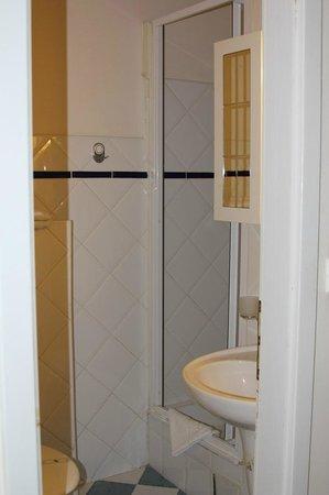 Residence V Tunich 14, душ-туалет