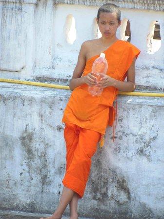 Wat Sensoukaram : Taking a break!