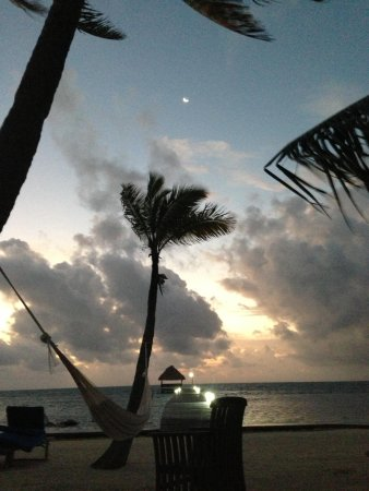 Sunset Beach Resort: Sunset Beach San Pedro Belize