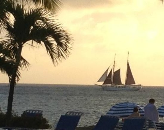 Flamingo Beach Resort: An older sail boat.