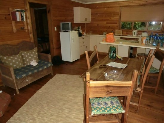 Badger's Lodge: family units sleeps 4