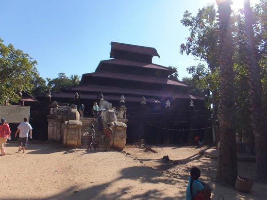 Innwa: バガヤー僧院