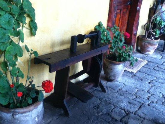 Hacienda San Agustin De Callo: Hermosos mobiliario