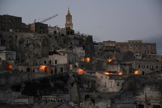 Sextantio Le Grotte della Civita: As the sun was setting