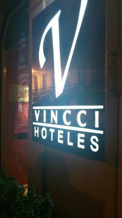 Vincci Baixa: Desde la entrada del Hotel