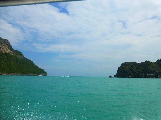 Samui Boat Charter: beautiful views around
