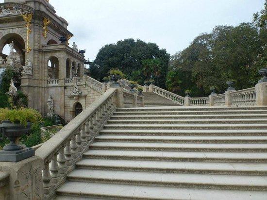 Parc de la Ciutadella: Stairs... .