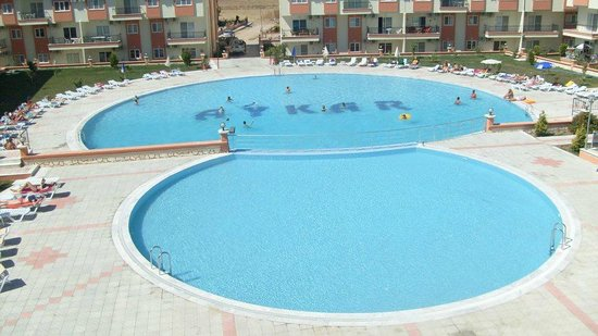 Apollon Holiday Village: Large pool