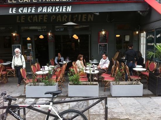 le cafe parisien picture of le cafe parisien paris. Black Bedroom Furniture Sets. Home Design Ideas