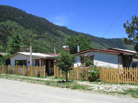 Hostel y Cabanas Augusto Grosse: vue de l'exterieur