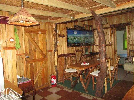 Hostel y Cabanas Augusto Grosse: salon