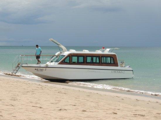 Layana Resort and Spa: Layana's transfer speedboat