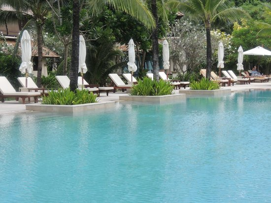 Layana Resort and Spa: Poolside