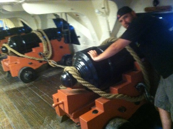 USS Constitution Museum: Artillery in the USS Constitution